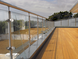 All Aspects of Architectural Glass   Solutions Publishing